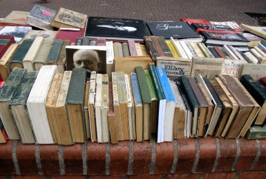 Outdoor bookstall in Buenos Aires, Argentina. August 2007.